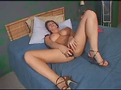 Sara Stone puts toy in that hot cunt tubes