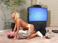She wakes up drunken stepdad with a blowjob tubes