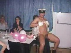 Male strippers dancing for hot amateurs tubes