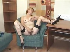 Mature striptease and hairy pussy masturbation tubes