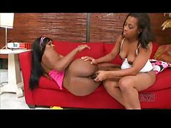 Black milf and teen have lesbian sex tubes