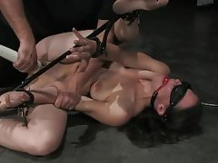 Bondage girl double dildo fuck on floor tubes