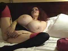 Super busty chick blows in a hotel room tubes