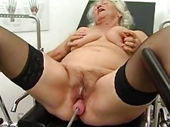 Fucking machine doing the granny whore tubes