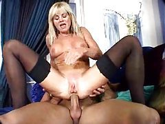 Horny mature gal in stockings likes cock tubes