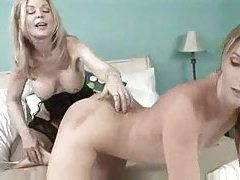 Milf showing young slut great lesbian pleasures tubes