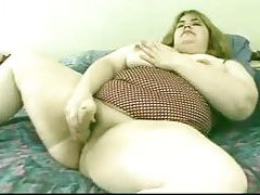 Fatty masturbating in the bed tubes