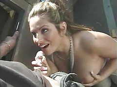 Milf giving great head outdoors by the car tubes