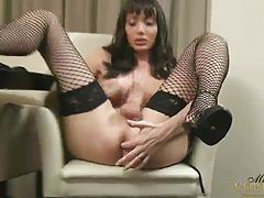 Mariana Cordoba Masturbates on the fruit tubes