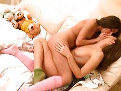 Horny lesbo teens kissing tubes