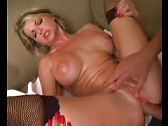 Blonde bimbo hottie fucked in the ass tubes