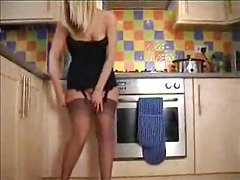 Hot blonde in her kitchen dancing tubes