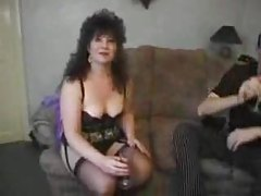Mature in black lingerie likes a good anal fuck tubes
