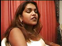 Indian babe likes a big dick tubes