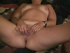 Fucking the aunt in her ass tubes