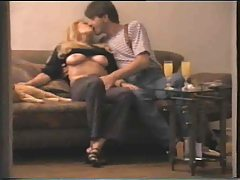 Amateur couple fooling on the couch tubes