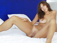 Shocking brunette fingering and toying pussy tubes