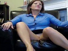 She milf tells you to jerk off for her tubes