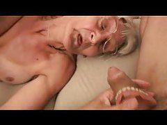 Horny granny takes out her dentures for porn tubes