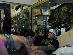 Amateur tattoo girl in glasses suck and fuck tubes