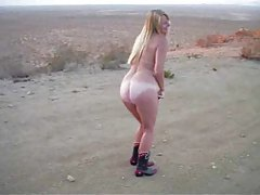 Naked chick in the desert sucking dick tubes