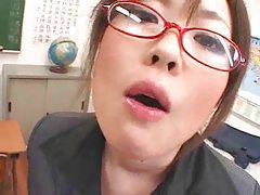 Sexy Japanese schoolgirl gets facials tubes