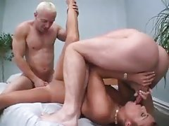 Slut with pierced nipples is double penetrated tubes