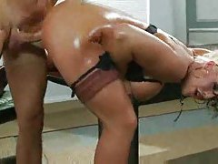 Incredible ass on this oiled up fuck slut tubes
