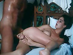 Sensual kissing and fucking in classic scene tubes