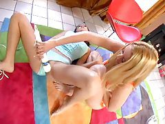 Blonde and redhead have lesbian fun tubes