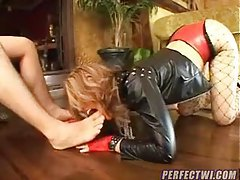 Girl in a collar is his sex slave tubes
