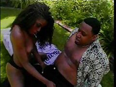 She loves that ebony meat out in the yard tubes