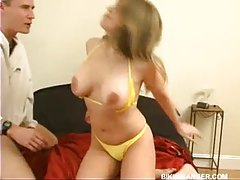Chick in her bikini fucked in bed tubes