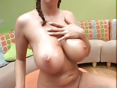 Big wet jiggling tits look super hot tubes
