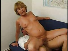 Mature French chick taken in her anus tube