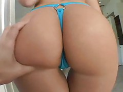 Chick in bikini has big ass and loves anal tubes