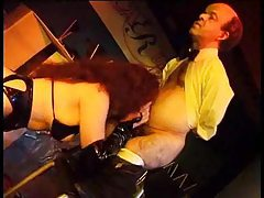 Midget in a suit fucks a hot stripper tubes