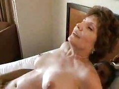 Cock pummels mature slut before a cumshot tubes