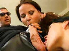 Hot leather fun with kinky chicks tubes