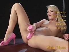 A luscious blonde girl doing a dance for you tubes