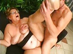 Fat older slut in glasses craves big dick tubes