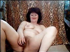Webcam mature takes off clothes for toys tubes