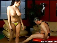 Submissive man taking abuse from a hottie tubes
