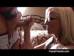 He cums on her glasses after handjob tubes