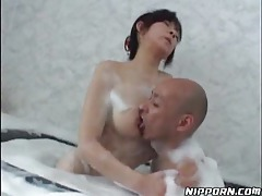 Asian in the bathtub having hot sex tubes