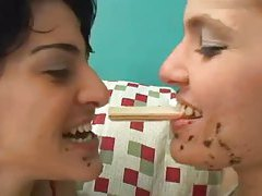 Girls make out with messy food faces tubes