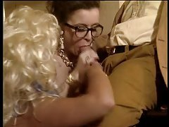Retro porn with two hotties in great stockings tubes