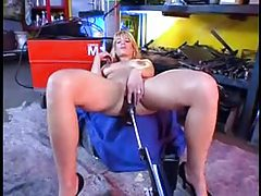 German milf uses her fucking machine tubes
