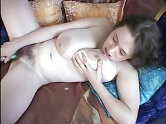 Solo babe is chubby and has a hairy pussy tubes