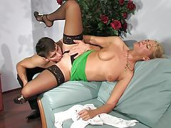 The milf seduces the young waiter tubes